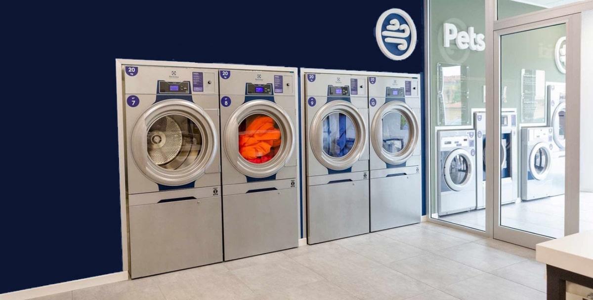 washing machines laundromat